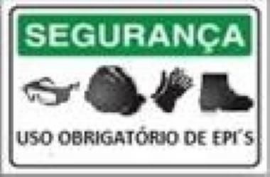0b34e9390c8f6 Placa Pvc Obrigatório Uso De Epi Neste Local - R  10,49 em Mercado Livre