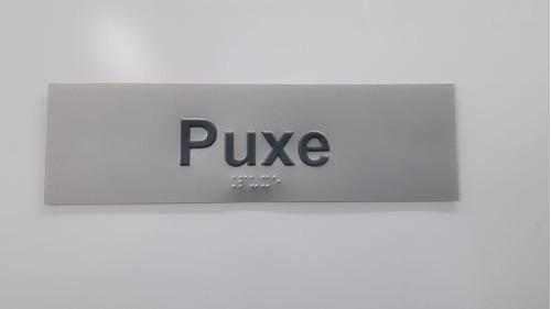 placa sinalização puxe empurre braille padrão bradesco