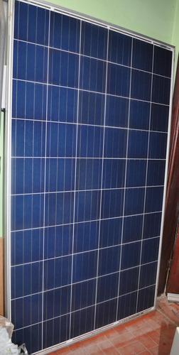 placa solar duas, bateria e quadro elétrico para instalação