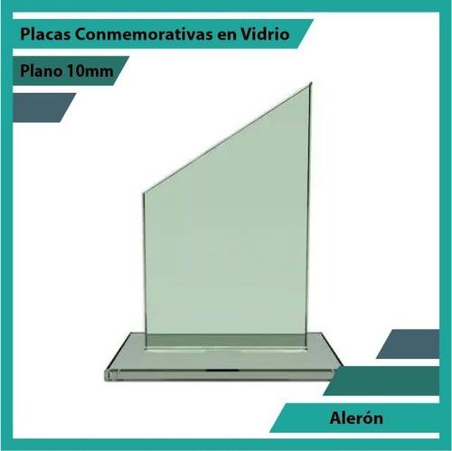placas conmemorativas en vidrio forma aleron