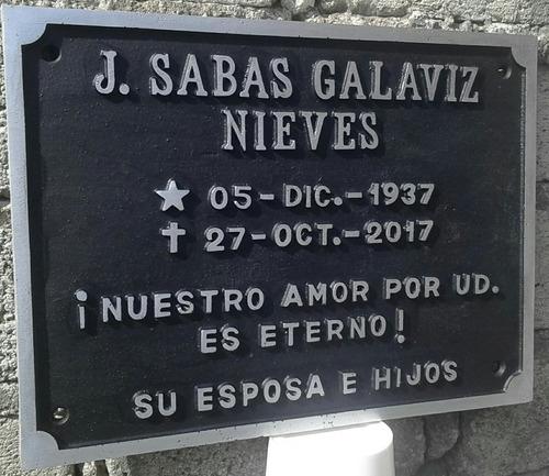 placas conmemorativas fundidas en bronce y aluminio