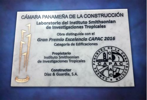 placas para obras, inauguraciones y premiaciones