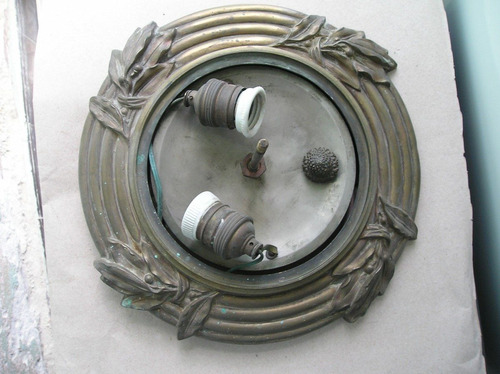 plafon antiguo 2 luces de bronce macizo diametro 32 cms.