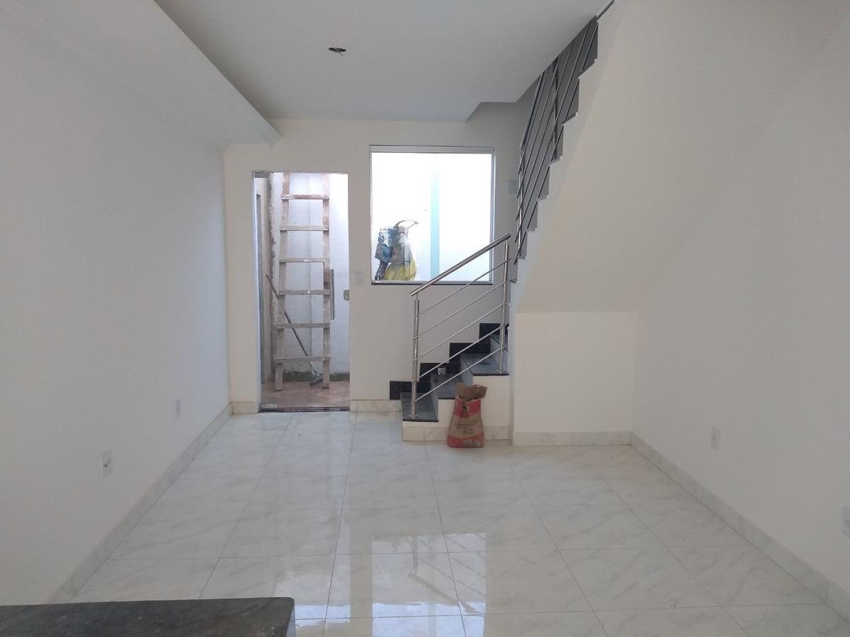 planalto. casa nova em condomínio. 2 quartos com área privativa. 1 vaga. - 2665