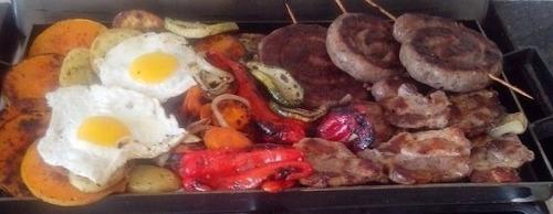 plancha chivitera,hamburguesas,  la plánchetta dos hornallas
