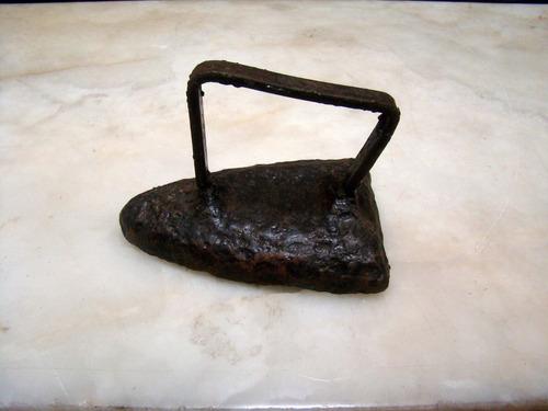 plancha de hierro antigua