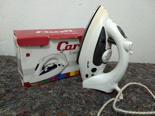 plancha eléctrica con  vaporizador y rociador-  carol 420