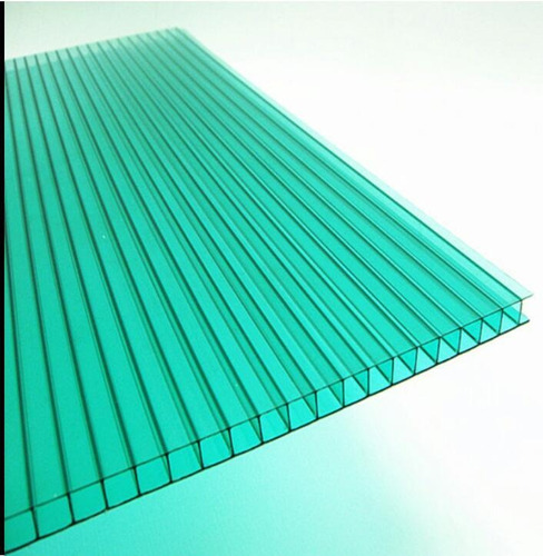 planchas de zinc y policarbonato alveolar transparente