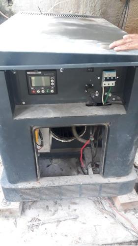 planta de luz de gasolina
