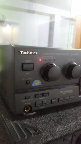 planta de sonido technics con 2 cajones grandes.