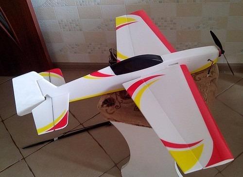 planta do aeromodelo extra 330 perfilado - corte a laser