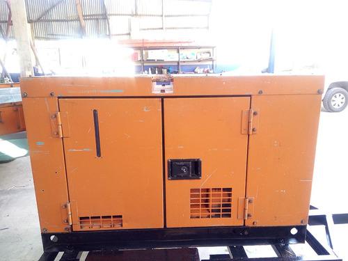 planta eléctrica 13 kva super silenciosa.