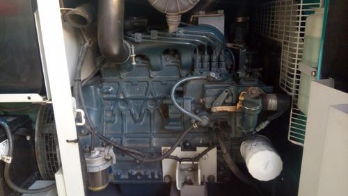 planta eléctrica marca denyo 25 kva