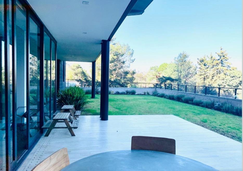 planta jardin espectacular dentro de cerrada con casa club!