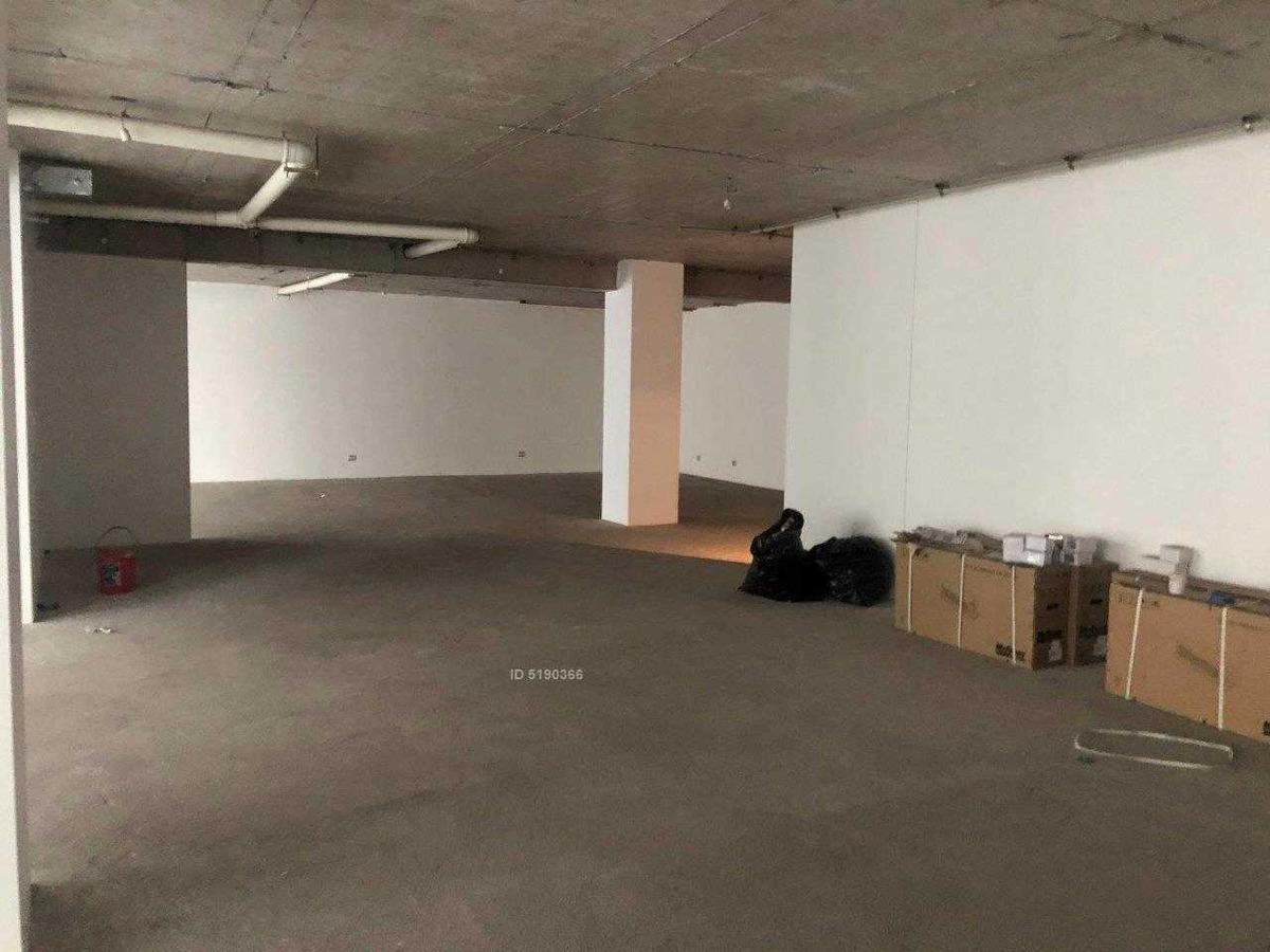 planta libre, metro pedro de valdivia / oficina nueva, 3 est, 2 bodegas