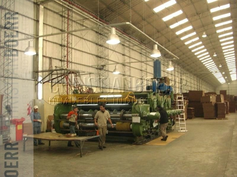 planta/depósito de 7.000m² en campana
