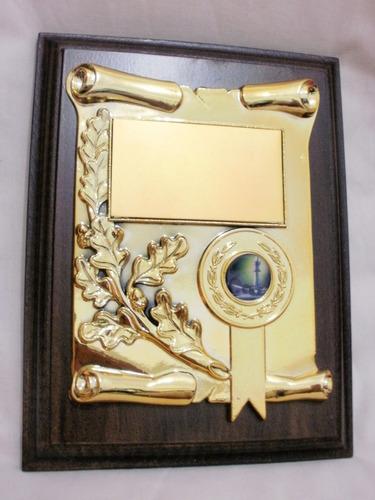 plaqueta premio con laurel