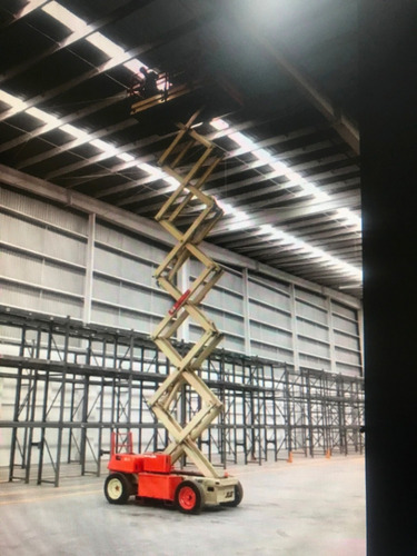 plataforma de elevación tipo tijera, eléctrico