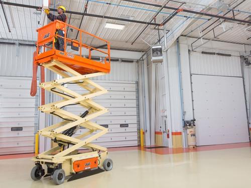 plataforma elevadora tijera  jlg 12 metros altura de trabajo