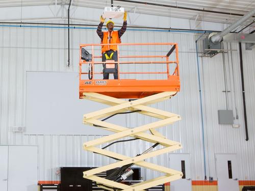 plataforma elevadora tijera jlg  2646es   10 ms alt. trabajo