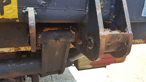 plataforma elevatoria bau aluminio 2t marksell toco truck