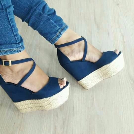 2e4b6c181 Plataforma En Color Azul Calzado Zapatos Para Dama Altos -   69.150 ...