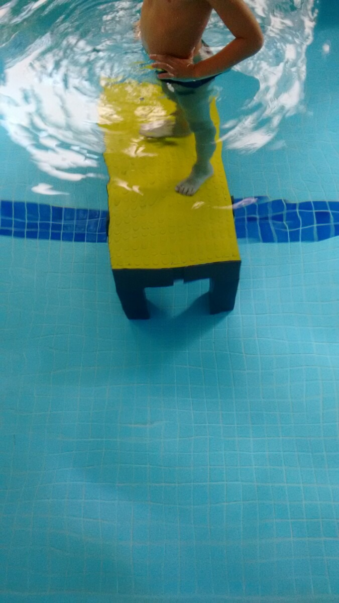 Plataforma para fundo de piscina aula nata o infantil r for Plataforma para piscina