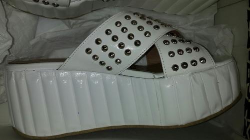 plataforma paruolo ultima moda!! blanca tachas