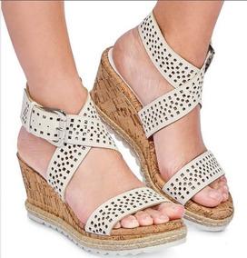 aac463d7 Zapatillas Blancas Con Pedreria Tacon Mujer Cklass - Zapatos en ...