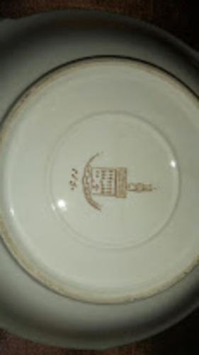 platico de porcelana - borde oro