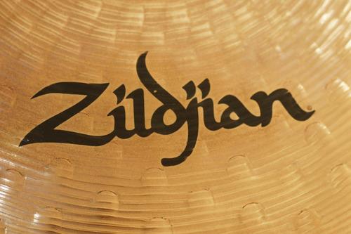 platillo rock crash 17  zildjian z3 usado