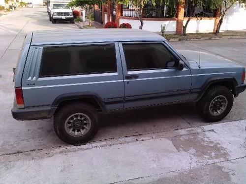 platina de puerta izquierda de jeep cherokee |1997 al 2000