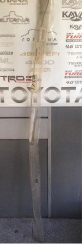 platina inferior parabrisas toyota autana/burbuja 93/07.