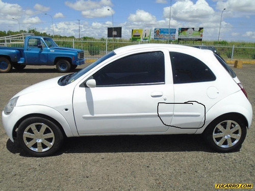 platina lateral guardafango ford ka original