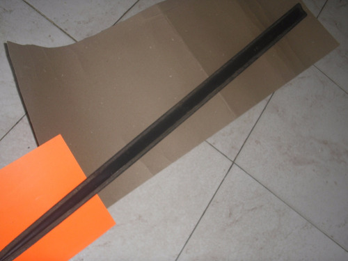 platina moldura puerta ford fiesta mod.2 puertas*usada