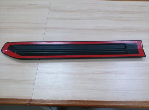 platina puerta trasera derecha grand vitara suzuki 2008/09