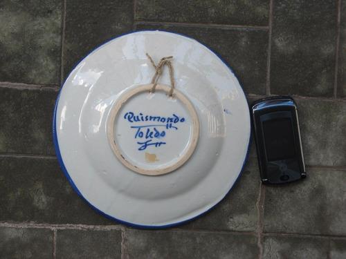 plato ceramica toledo - firmado