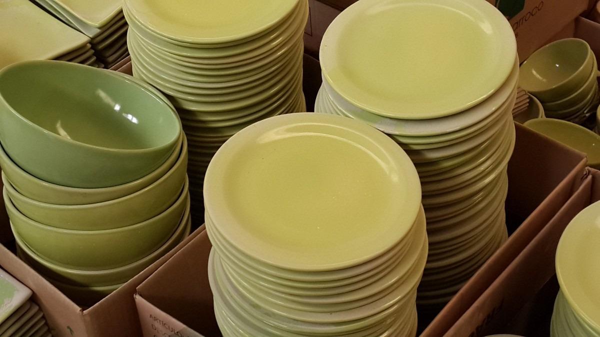 Vajilla ceramica mediados siglo tazas poole cermica for Outlet de vajillas