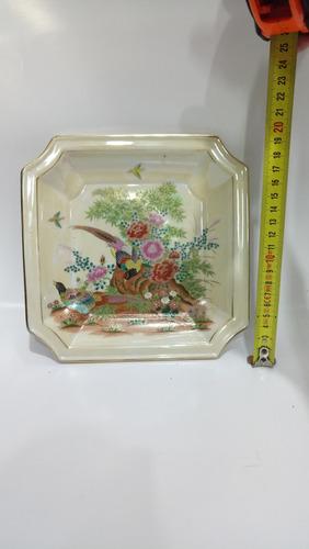 plato chino antiguo en porcelana de colección