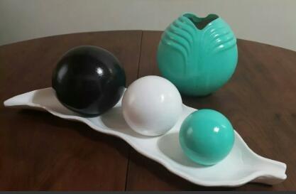 plato con esferas+jarron centro de mesa decoracion diseño
