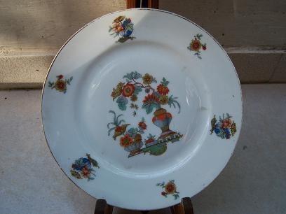 plato de porcelana checo c/enganche