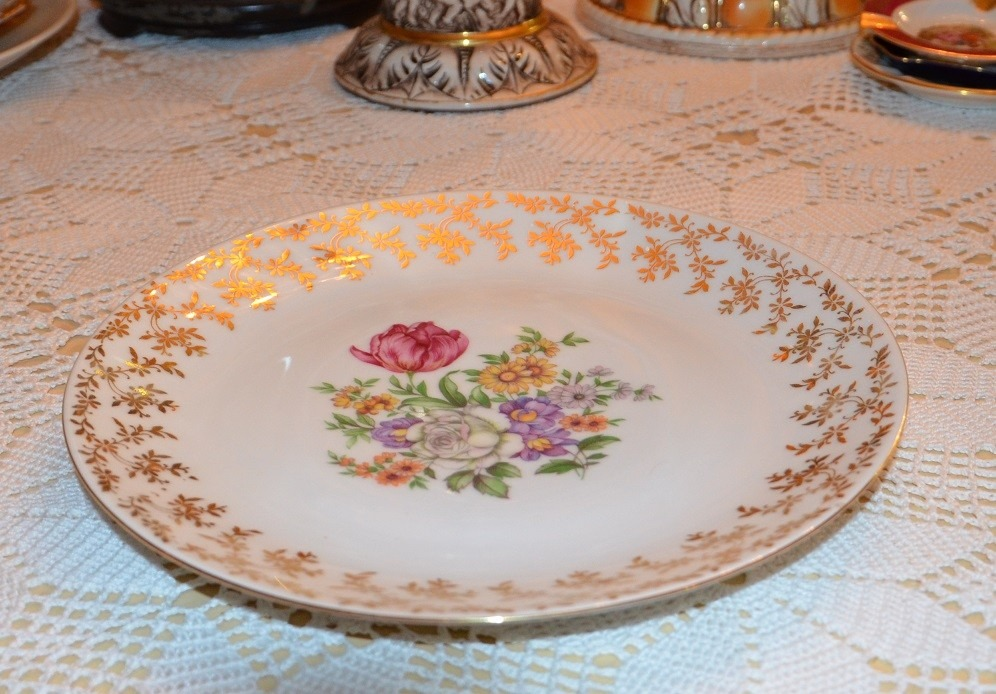 Plato de porcelana epiag d f czechoslovakia bs for Platos porcelana