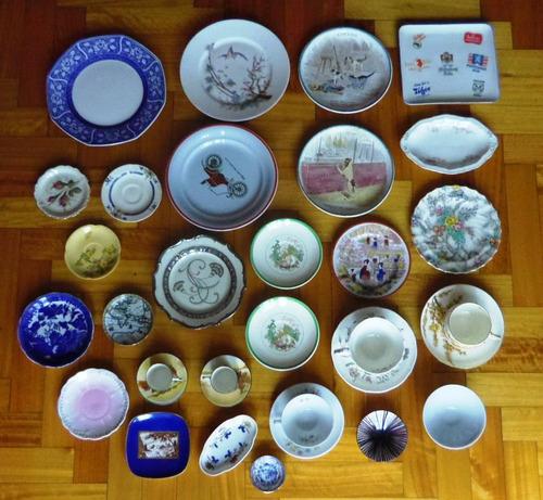 plato de porcelana firmado  sa