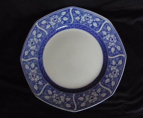 plato de porcelana inglesa azul