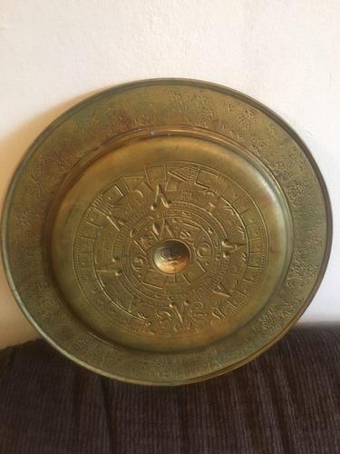 plato decorativo calendario azteca de bronce