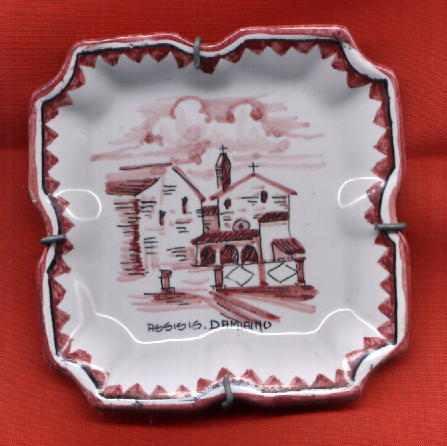 plato decorativo cerámica pintado a mano assisis damiano exc