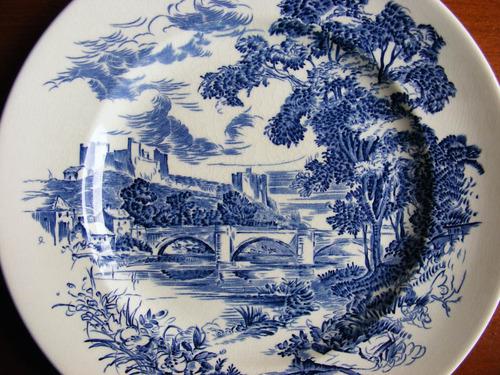 plato decorativo de fina porcelana wedgwood inglaterra
