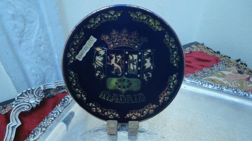 plato español escudo madrid cobalto pintado con oro vealo