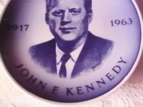plato miniatura j.f. kennedy