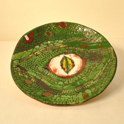 plato  ojo de yacare